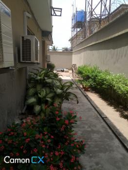 Well Spacious 2 Bedroom Flat, Lekki Phase 1, Lekki, Lagos, Flat for Rent