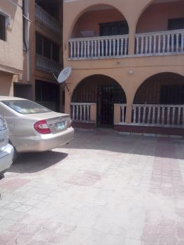 Spacious and Neatly Maintained 3 Bedroom Flat, Jakande 1st Gate, By Shoprite, Lekki, Lagos, Flat for Rent