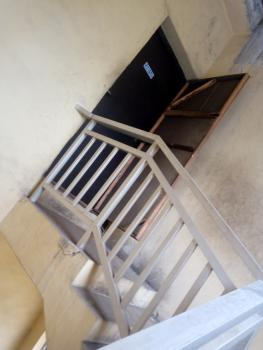Very Convenience 4 Bedroom, Sabo, Yaba, Lagos, Flat for Rent