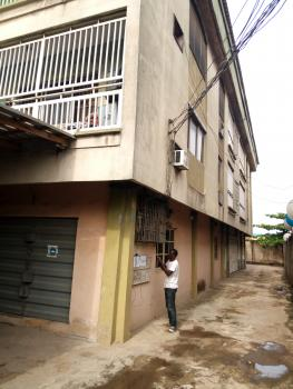 Room Self, Bajulaiye Compound, Fola Agoro, Yaba, Lagos, Self Contained (single Rooms) for Rent