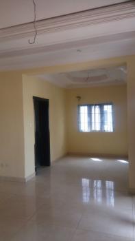Nice 3 Bedroom Flat, Kosofe, Lagos, Flat for Rent