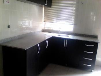 Neat 3 Bedrooms Flat in Magodo Phase 1, Isheri, Gra, Magodo, Lagos, Flat for Rent