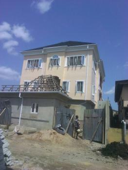 Two Bedroom Flat, Lawanson, Surulere, Lagos, Flat for Rent