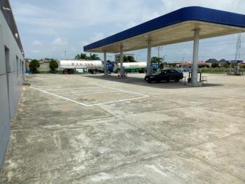 Functional Filling Station + 6 Pumps , Spacious Lube Bay & Truck Packing Area, Lekki-epe Express Road, Peninsula Garden Estate, Ajah, Lagos, Filling Station for Rent