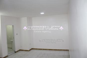Big Serviced Self Contained, Lekki Phase 1, Lekki, Lagos, Self Contained (studio) Flat for Rent