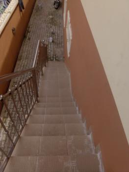 Newly Renovated 3 Bedroom, Off Ishaga Road, Close to Luth, Ojuelegba, Surulere, Lagos, Flat for Rent
