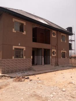 Relatively New Mini Flat Upstairs, Off Oworo Road, Oworonshoki, Kosofe, Lagos, Mini Flat for Rent