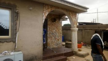 4 Bedrooms Bungalow Sitting on a Plot of Land, Adegbayi, Alakia, Ibadan, Oyo, Detached Bungalow for Sale