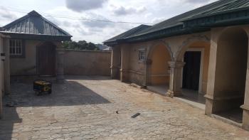 4 Bedroom Bungalow, Odo Ona Kekere, Off New Garage, Challenge, Ibadan, Oyo, Detached Bungalow for Rent