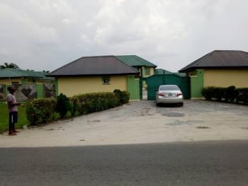 Hotel of 19 Rooms with Bar and Restaurant Well Furnished on 6 Plots, Otor Udu, Warri, Delta, Hotel / Guest House for Sale