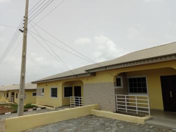 Olufunmilayo Estate, Ede Road, Opposite State Secretariat, Osogbo, Osun, Semi-detached Bungalow for Sale