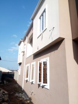 2 Bedroom Apartment, Onipanu, Shomolu, Lagos, Flat for Rent