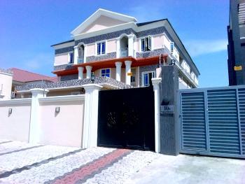 a Good 3 Bedroom Flat, Lekki Phase 1, Lekki, Lagos, Flat for Rent
