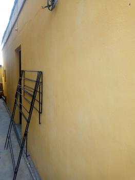 Decent Mini Bq with Parking Space, Shomolu, Lagos, Mini Flat for Rent