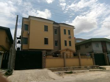 Fantastic 3 Bedroom Flat, All Rooms En Suit, Modupe Estate, Fola Agoro, Yaba, Lagos, Flat for Rent