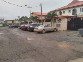 5 Bedrooms Semi Detached with Bq, Gbagada Phase 2, Gbagada, Lagos, Semi-detached Duplex for Rent