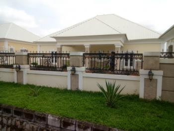 Green Garden 4 Bedroom Bungalow + 2 Rooms Gust Chalet, Gwarinpa Estate, Gwarinpa, Abuja, Detached Bungalow for Sale