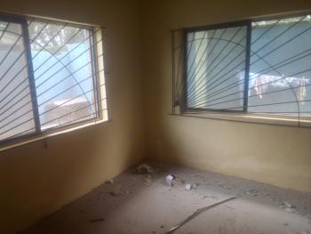3 Bedrooms Flat with 4toilet 3bath Newly Renovated, Alagbole, Ojodu, Lagos, Flat for Rent