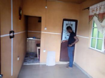 a Lovely Clean Room Self Con @ Adekunle By Alagomeji Yaba Lagos, Yaba, Lagos, Flat for Rent