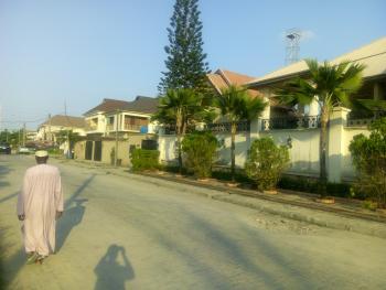 a Spacious Well Maintained 2 Bedroom Upper Floor Flat, Off Adebayo Doherty- Road 14, Lekki Phase 1, Lekki, Lagos, Flat for Rent