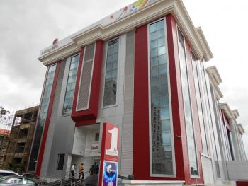a Commercial Complex (sterling Plaza) Located at The Heart of Abuja. Minimum Lettable Space = 500 Sqm, Central Area, Central Business District, Abuja, Plaza / Complex / Mall for Rent