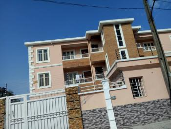 Serviced Well Maintained and Renovated 3bedroom Flat in Idado Lekki Lagos, Idado, Idado, Lekki, Lagos, Flat for Rent