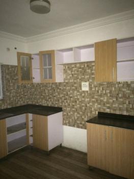 Fantastic 3 Bedroom Flat, By 2nd Toll Gate, Close to Southern View Estate, Lekki Expressway, Lekki, Lagos, Flat for Rent