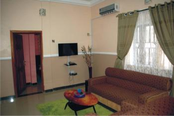 Two (2) Bedroom Fully Furnished and Serviced Apartment, Oluyole Axis, Challenge, Ibadan, Oyo, Flat Short Let