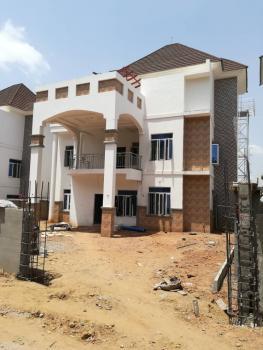 5bedroom Detached House, Guzape District, Abuja, Detached Duplex for Sale