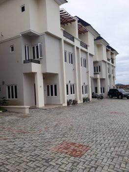 5 Bedrooms Terrace Duplex with a Room Servant Quarters Serviced with 24hrs Light, Guzape District, Abuja, Terraced Duplex for Rent