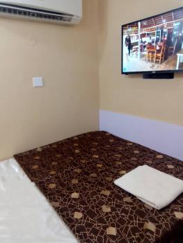 Several One Bedroom Luxury Flats, Lafiaji Way, Dolphin Estate, Ikoyi, Lagos, Mini Flat Short Let