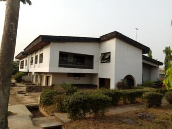 7 Bedroom  Detached House with 2 Rooms Guest Chalet + B.q  Code Ibd, Old Bodija, Ibadan, Oyo, Detached Duplex for Rent