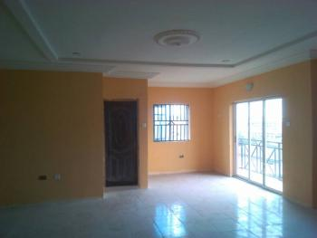 Newly Built All Room En Suit Upstairs, Off Fashoro, Ojuelegba, Surulere, Lagos, Flat for Rent