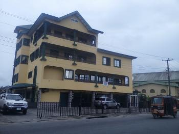 Well Structured and Located Shop Space/ Warehouse, Udo Umana Street, Uyo, Akwa Ibom, Warehouse for Rent