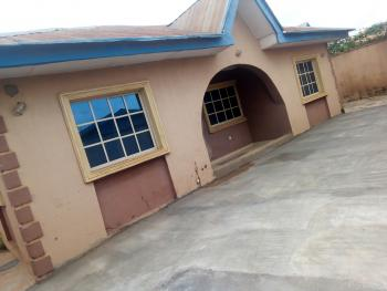 3 Bedroom Bungalow, Olonde Estate, Ologuneru, Ibadan, Oyo, Flat for Rent
