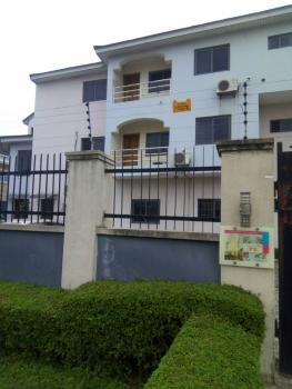 Neat Three Bedroom Serviced Flat, Lekki Right Side, Lekki Phase 1, Lekki, Lagos, Flat for Rent