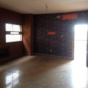 2 Bedroom All Rooms En Suite Flat with Wardrobes, Car Park, Gated Etc., Off Finbarrs Road, Akoka, Yaba, Lagos, Flat for Rent