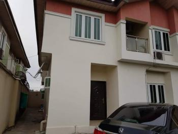 Well Maintained 5 Bedroom Fully Detached Duplex with One Room Bq, Magodo, Lagos, Detached Duplex for Sale