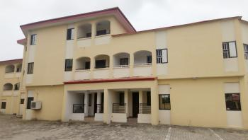 Luxuriously 4 Bedroom Service Apartment +1rm B/q, Admiralty Road, Lekki Phase 1, Lekki, Lagos, Flat for Rent