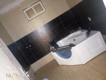 a Very Spacious Room Selfcon with Jacuzzi at Ikate, Chisco Ikate, Ikate Elegushi, Lekki, Lagos, Self Contained (single Room) for Rent