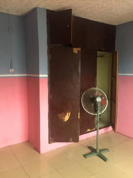 2 Bedroom, Ijesha, Surulere, Lagos, Flat for Rent