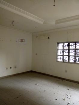 Self Contained (upstairs/bigger Space), Lekki Phase 1, Lekki, Lagos, Self Contained (single Room) for Rent