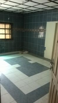 2 Bedroom En Suite Flat Within a Secured Estate, Medina Estate, Medina, Gbagada, Lagos, Flat for Rent