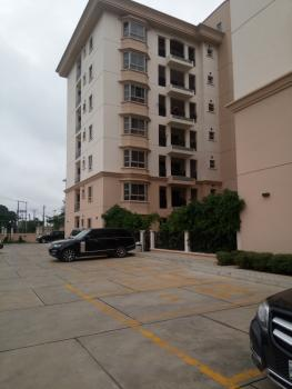 Luxurious Apartment Positioned in Sought After Location: 4 Bedroom Apartment, Ikoyi, Old Ikoyi, Ikoyi, Lagos, Flat for Rent