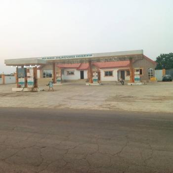 Filling Station, Idi Omo, Along Ife Express Road, Ibadan, Oyo, Filling Station for Sale