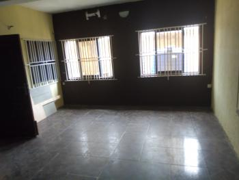 Unique 3 Bedroom Flat, Sabo, Yaba, Lagos, Flat for Rent