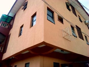 Nice 3 Bedroom Flat, Gbagada, Lagos, Flat for Rent