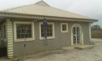 3 Bedrooms Bungalow, Kasumu Estate, Off Akala Way, Ibadan, Oluyole, Oyo, Detached Bungalow for Sale