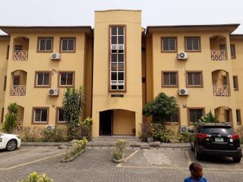 3 Bedroom Service Flat, Victory Park Estate, Behind Femi Okunnu, Lekki Phase 1, Lekki, Lagos, Flat for Sale