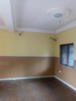 Spacious 3 Bedroom Upstairs, Off Ishaga Road, Ojuelegba, Surulere, Lagos, Flat for Rent
